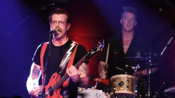 Eagles of Death Metal cancellano 8 date del loro tour