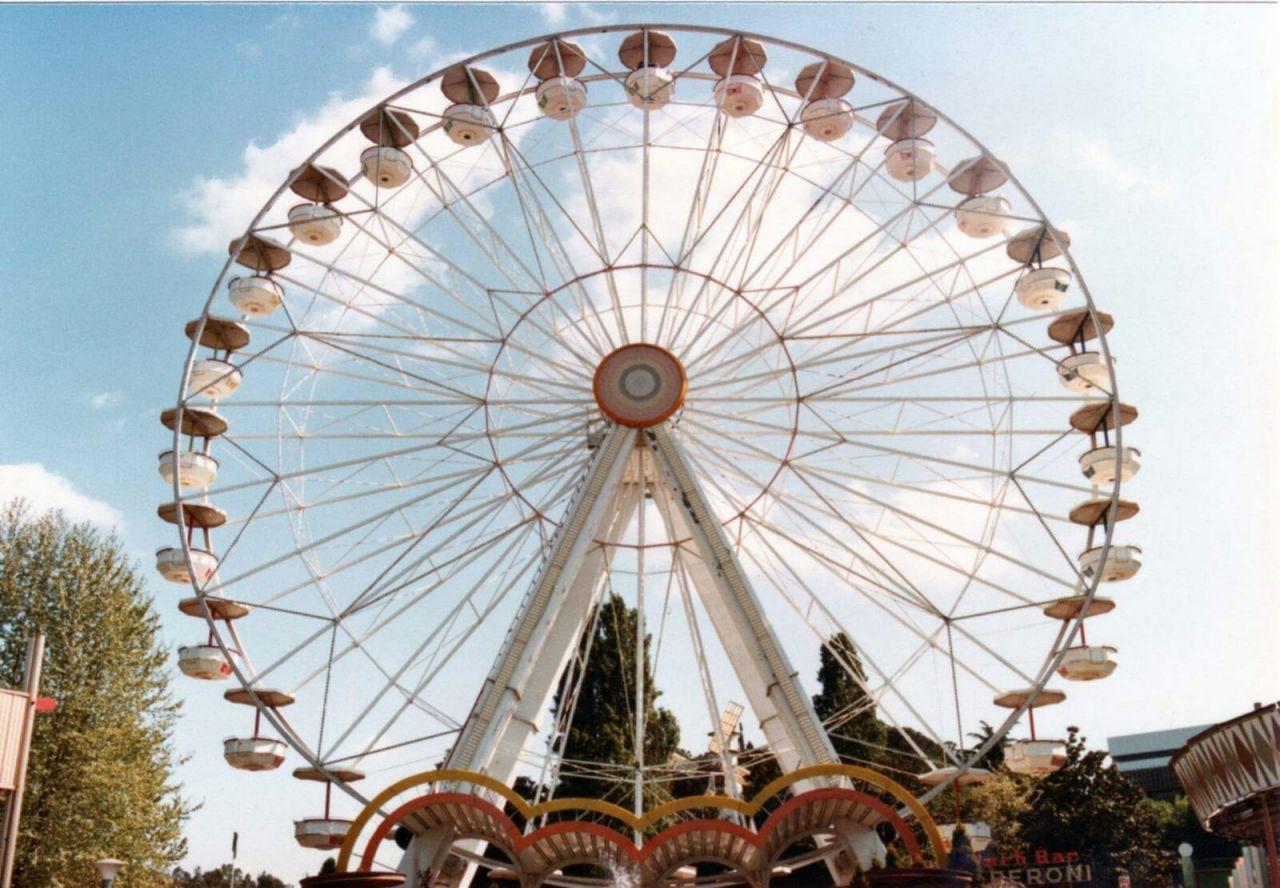 Luna park dell amore 1991 full movie m22 - 3 4